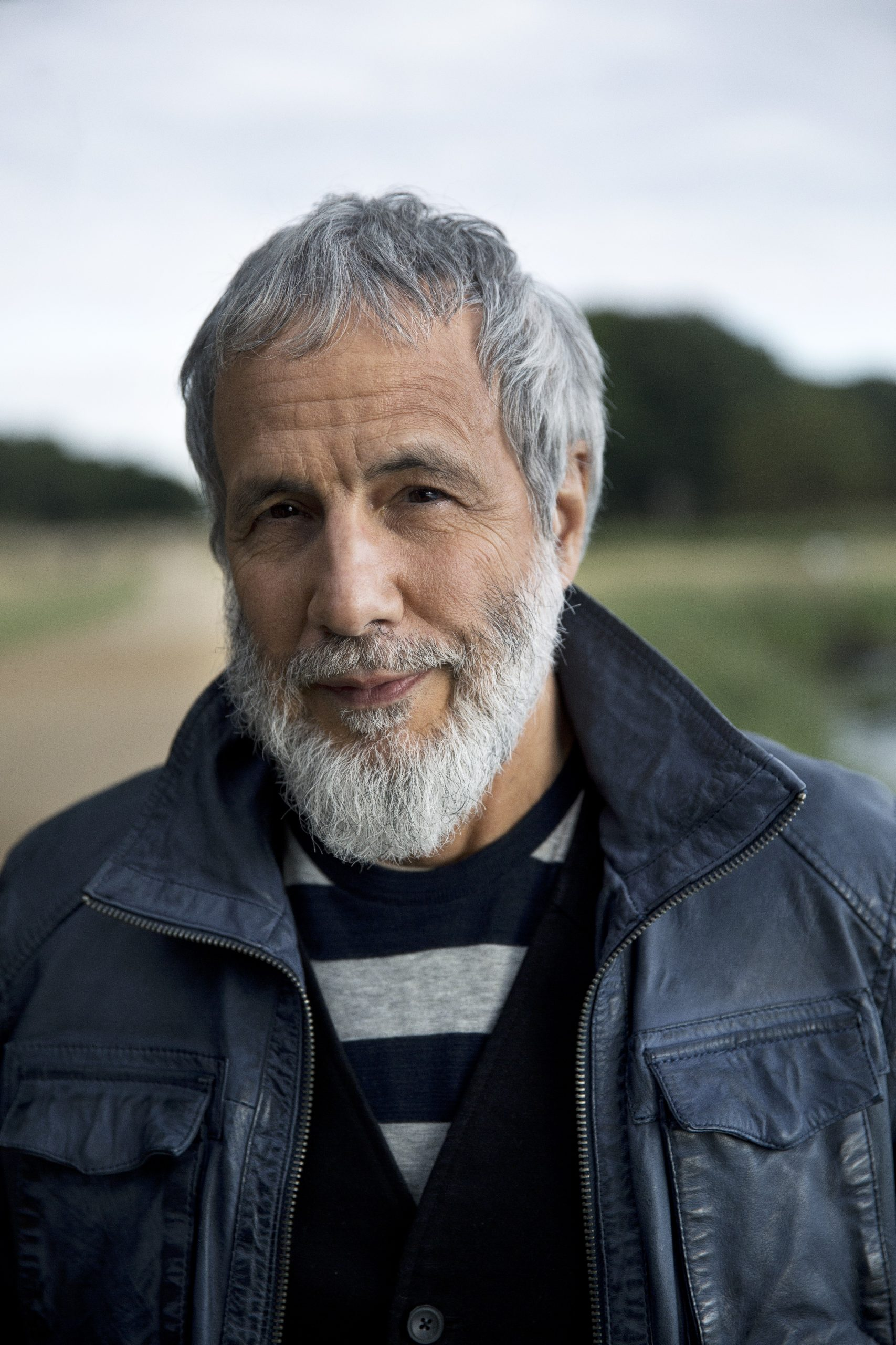 Screen 2017 November | Cat and Yusuf Stevens: Stage