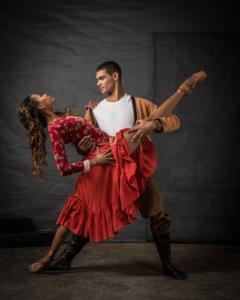 Monike Cristina & Revil Yon