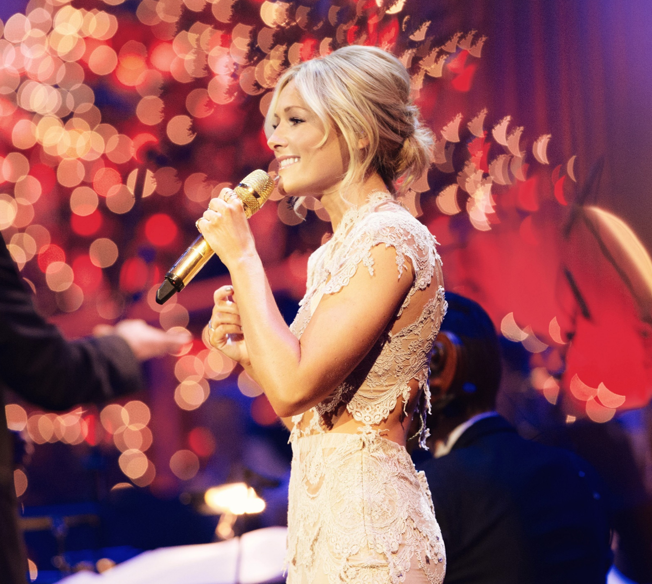 Helene Fischer: Merry Christmas | Stage and Screen