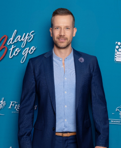 Jonathan Boynton-Lee at the Premiere of 3 Days to Go